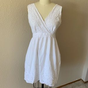 Dresses & Skirts - White lace summer dress